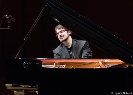 Charles Richard-Hamelin (Piano)